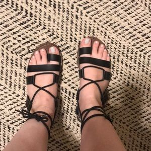 Farylrobin + Freepeople tie up sandal